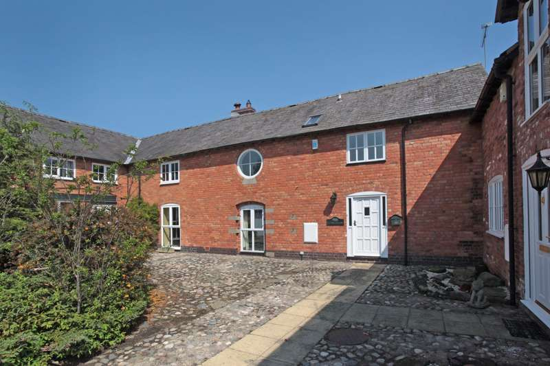 3 Bedrooms House for sale in 3 bedroom Barn Conversion Semi Detached in Bickley Moss
