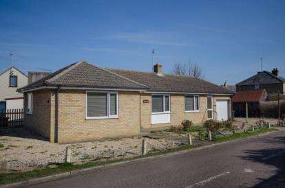 2 Bedrooms Bungalow for sale in Littleport, Ely