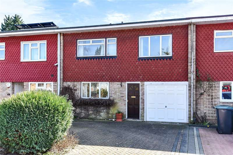 3 Bedrooms Terraced House for sale in Valley Walk, Croxley Green, Hertfordshire, WD3