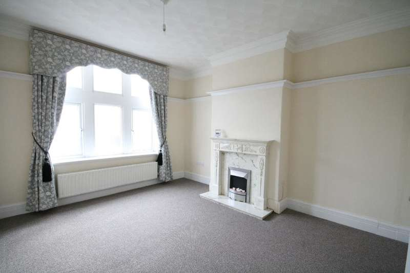 3 Bedrooms Mews House for rent in King Street, Southport, PR8 1JX