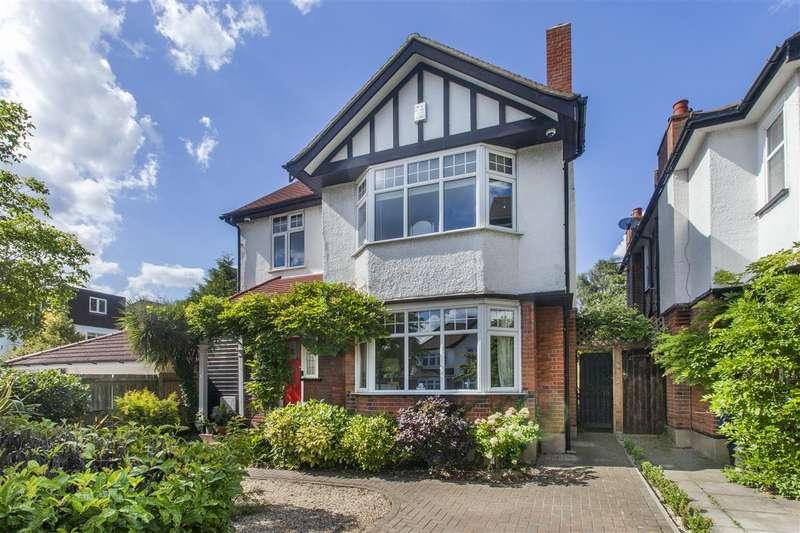5 Bedrooms Detached House for sale in Goodwyn Avenue, Mill Hill