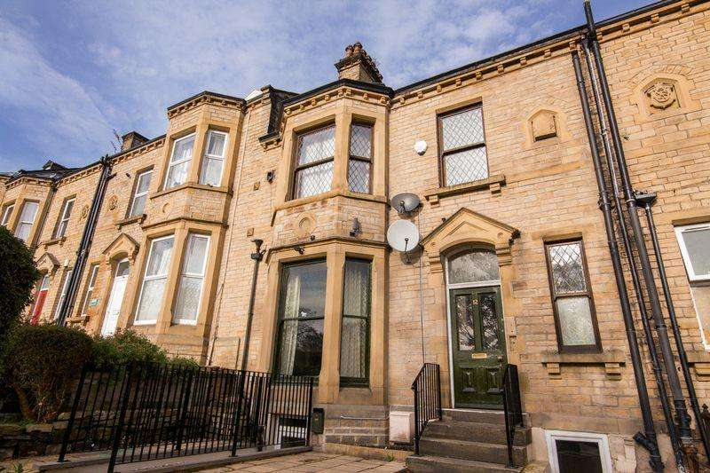 7 Bedrooms Terraced House for rent in Cambridge Road, Huddersfield