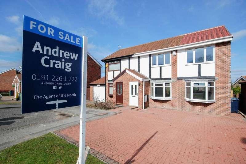 3 Bedrooms Semi Detached House for sale in Celandine Way, Windy Nook