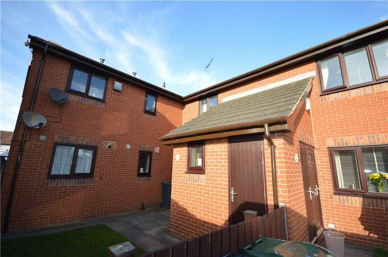 2 Bedrooms Apartment Flat for sale in Eaton Mews, Leeds, West Yorkshire