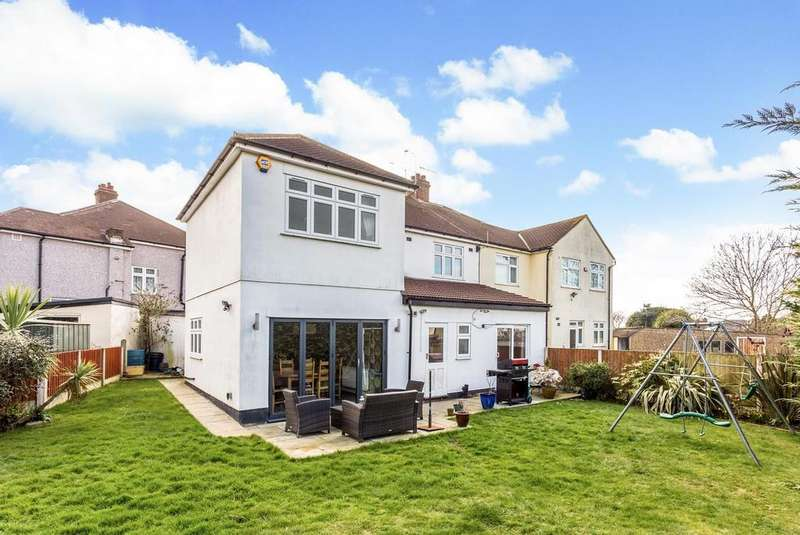4 Bedrooms Semi Detached House for sale in Priests Avenue, Rise Park, Romford, Essex, RM1