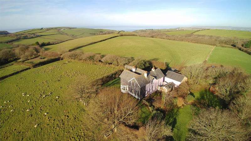 5 Bedrooms Detached House for sale in Poundstock, Bude