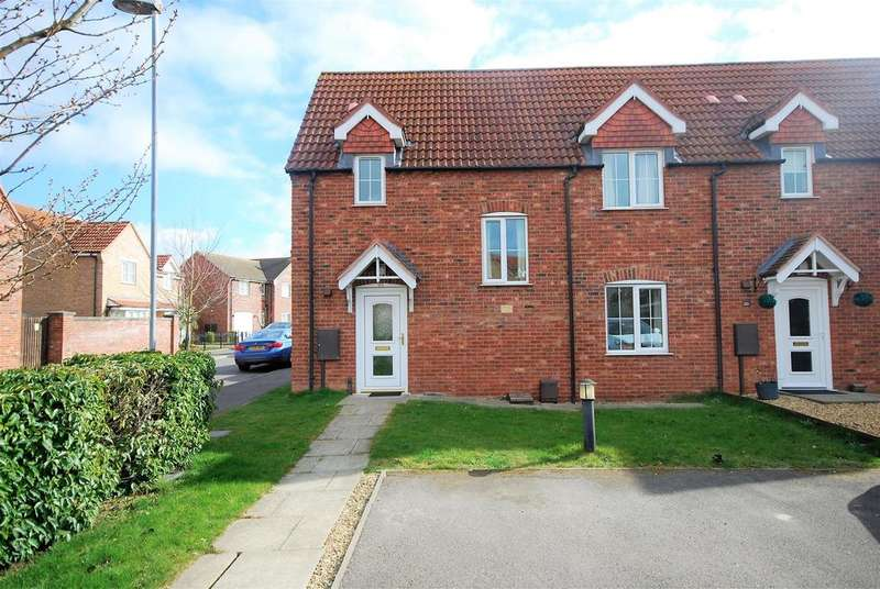 3 Bedrooms Terraced House for sale in Chamomile Way, Spalding