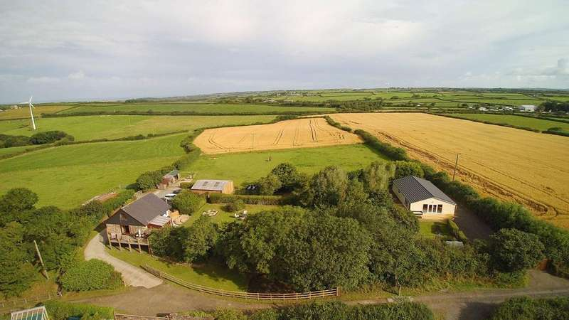 4 Bedrooms Detached House for sale in Bridgerule, Bude