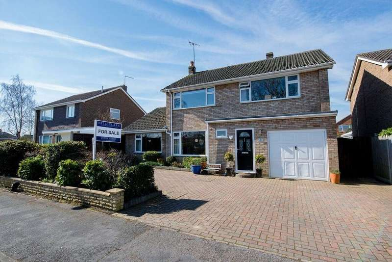 4 Bedrooms Detached House for sale in Cappitt Drive, Thurlby, PE10