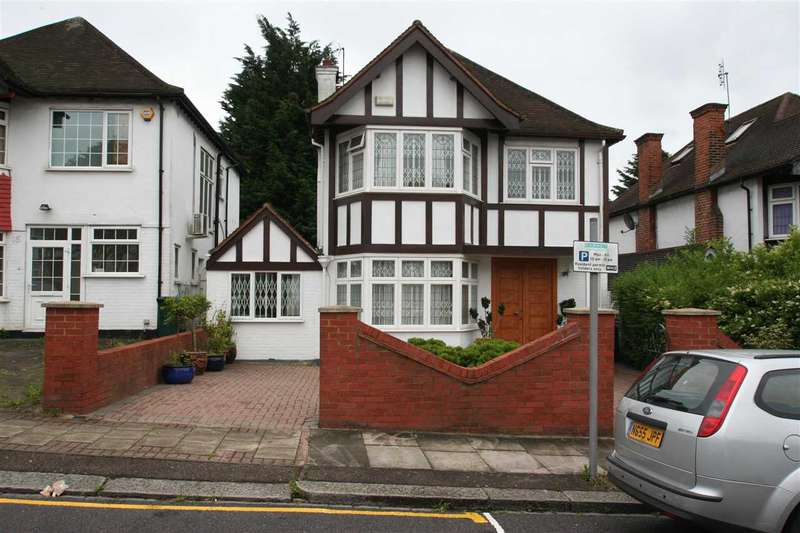 4 Bedrooms Detached House for sale in Edgeworth Avenue Nw4, Hendon