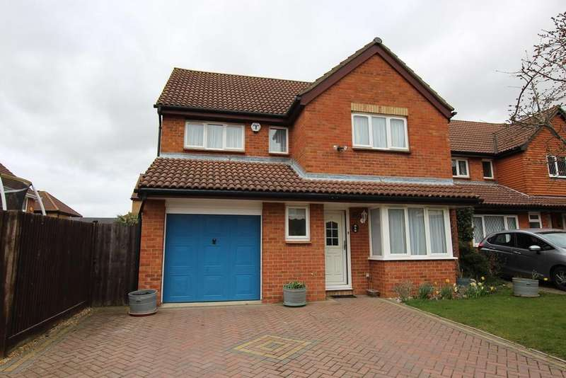 4 Bedrooms Detached House for sale in Chaucer Drive, Biggleswade, SG18