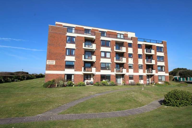 2 Bedrooms Apartment Flat for sale in Cornwallis Road, Milford On Sea, Lymington