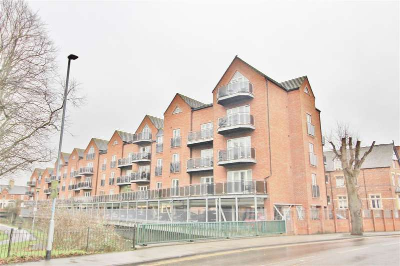 2 Bedrooms Apartment Flat for sale in The Waterfront, Grantham