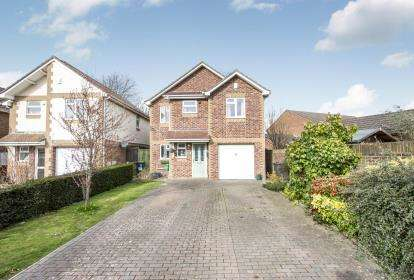 4 Bedrooms Detached House for sale in Ensbury Park, Bournemouth, Dorset