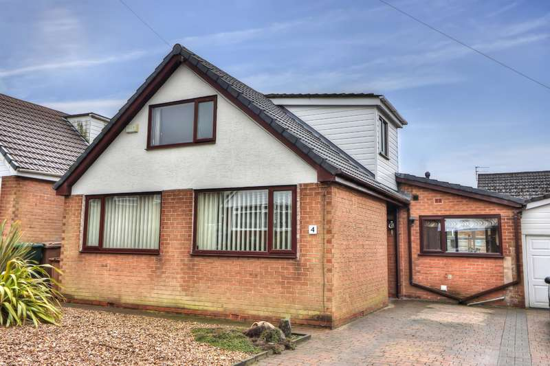 4 Bedrooms Link Detached House for sale in Willow Rise, Smithy Bridge, OL15 0NB