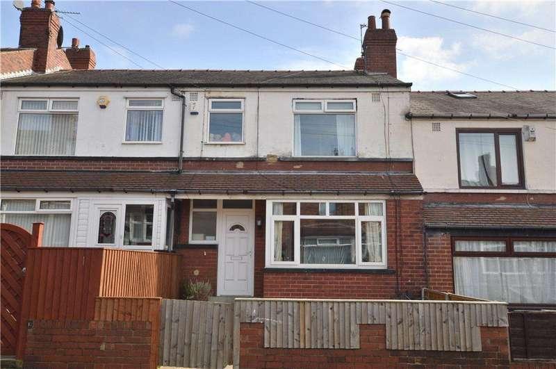3 Bedrooms Terraced House for sale in Rosemont Walk, Bramley, Leeds