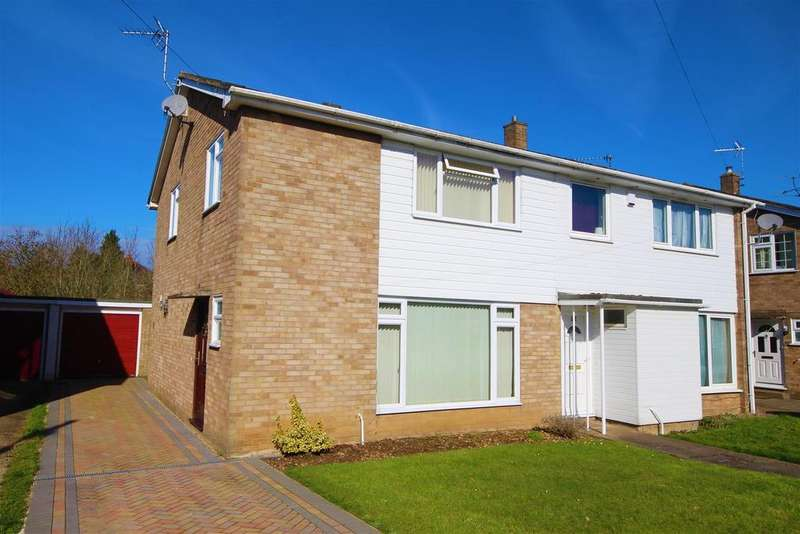 3 Bedrooms Semi Detached House for sale in Edenham Crescent, Reading