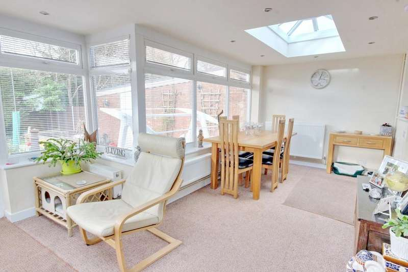 4 Bedrooms Chalet House for sale in Waterlooville