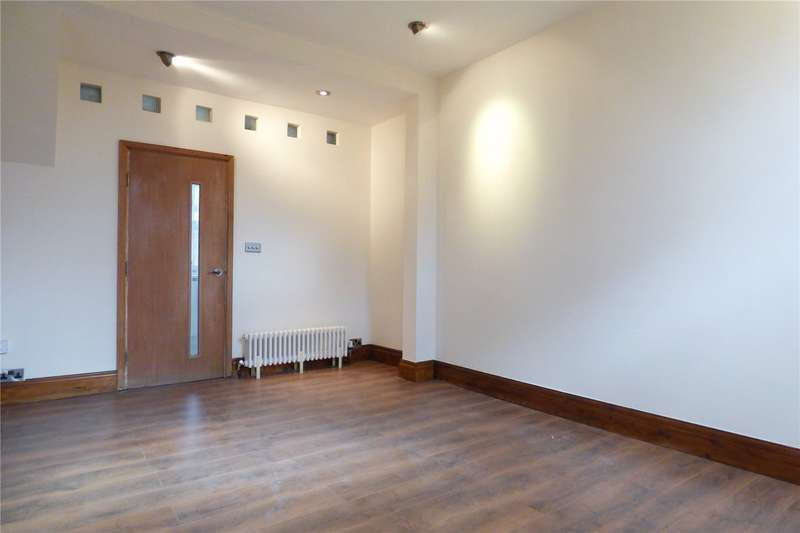 3 Bedrooms Terraced House for sale in Whitelands Road, Ashton-under-Lyne, Greater Manchester, OL6
