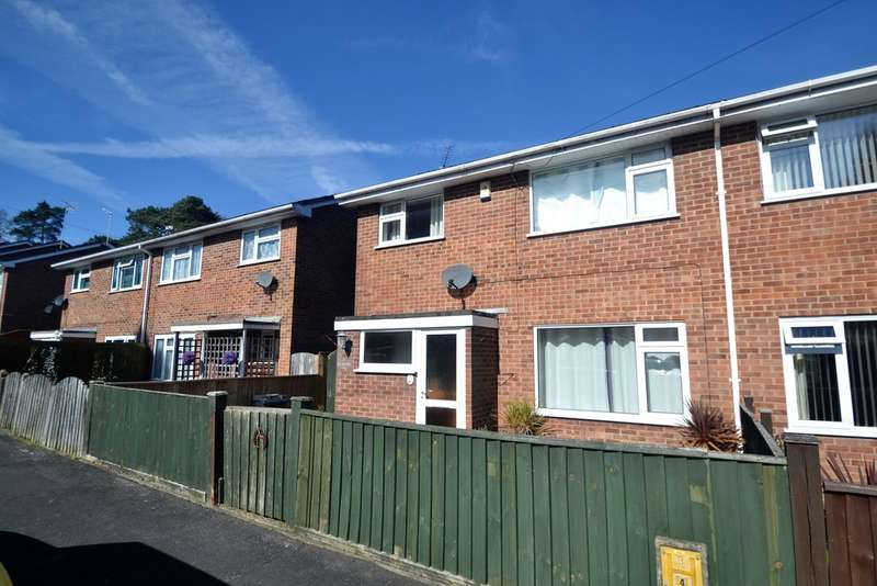 3 Bedrooms Semi Detached House for sale in St Ives , Hampshire BH24