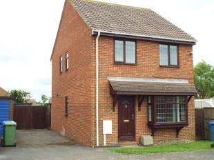 3 Bedrooms Detached House for sale in Beach Approach, Warden Bay, Sheerness, Kent
