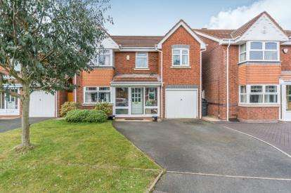 5 Bedrooms Detached House for sale in Darnford Close, Hall Green, Birmingham, West Midlands
