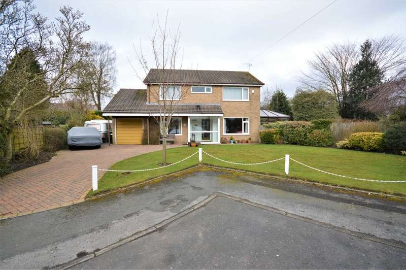 4 Bedrooms Detached House for sale in Taunton Close, Stockport