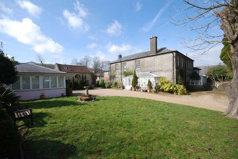 Detached House for sale in Wenvoe, Vale of Glamorgan, CF5 6AN