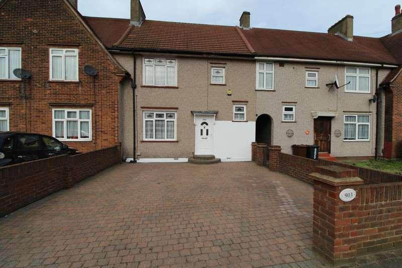 3 Bedrooms Terraced House for sale in Longbridge Road, Dagenham, Essex RM8
