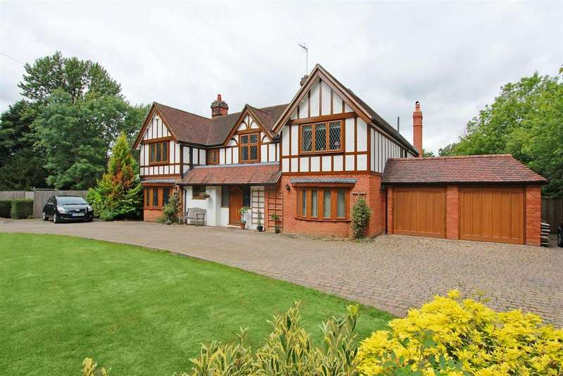 6 Bedrooms Detached House for sale in Butterfly Lane, Elstree, Borehamwood