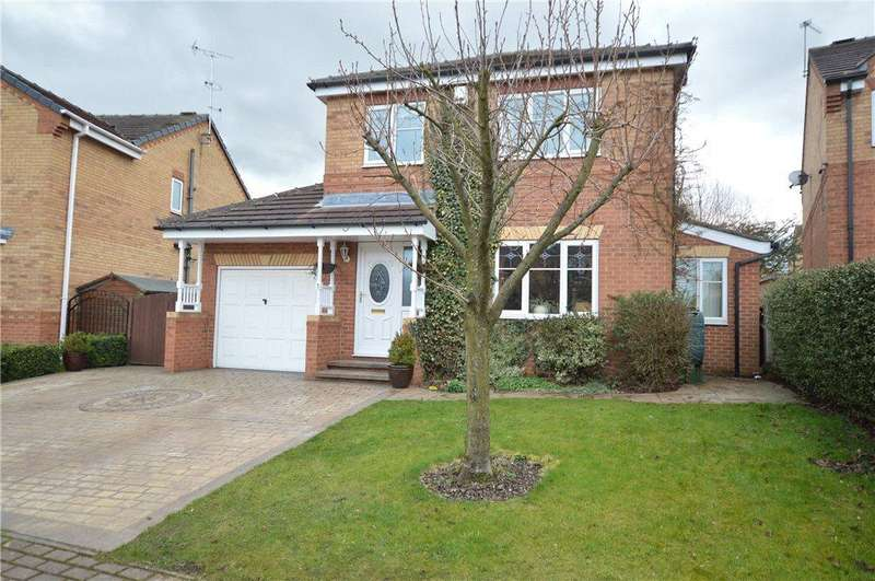 4 Bedrooms Detached House for sale in Bittern Rise, Morley, Leeds
