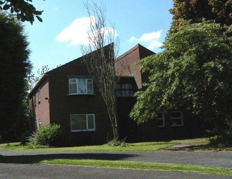 Studio Flat for rent in Weyhill Close, Pendeford, Wolverhampton