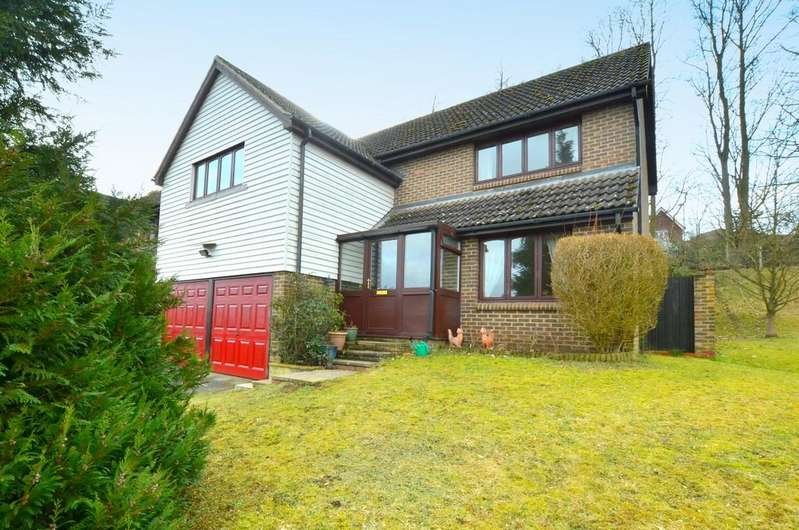 4 Bedrooms Detached House for sale in Hope Crescent, Melton, IP12 1SJ