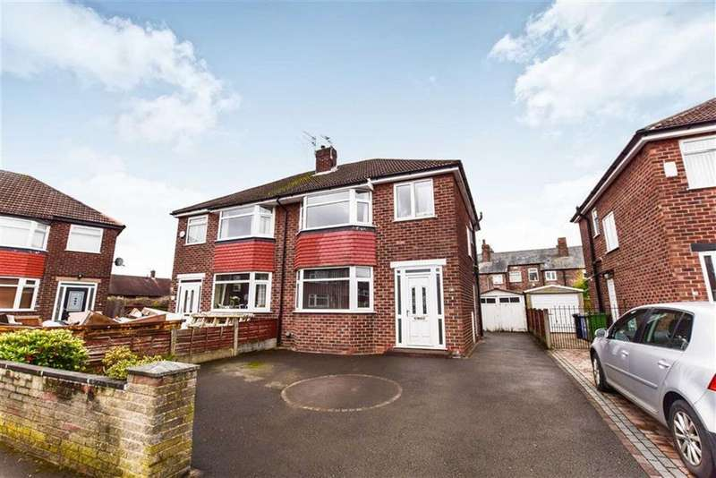 3 Bedrooms Semi Detached House for sale in Bradley Close, Timperley, Cheshire, WA15