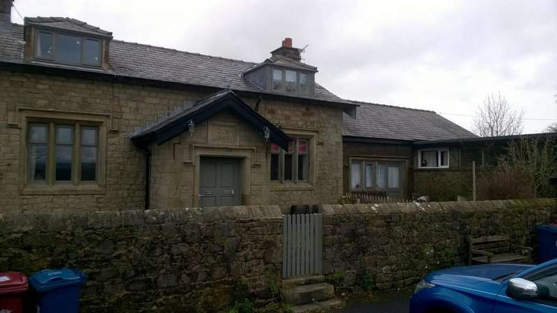 2 Bedrooms Terraced House for rent in School Cottages, Bashall Eaves, Clitheroe, Lancashire