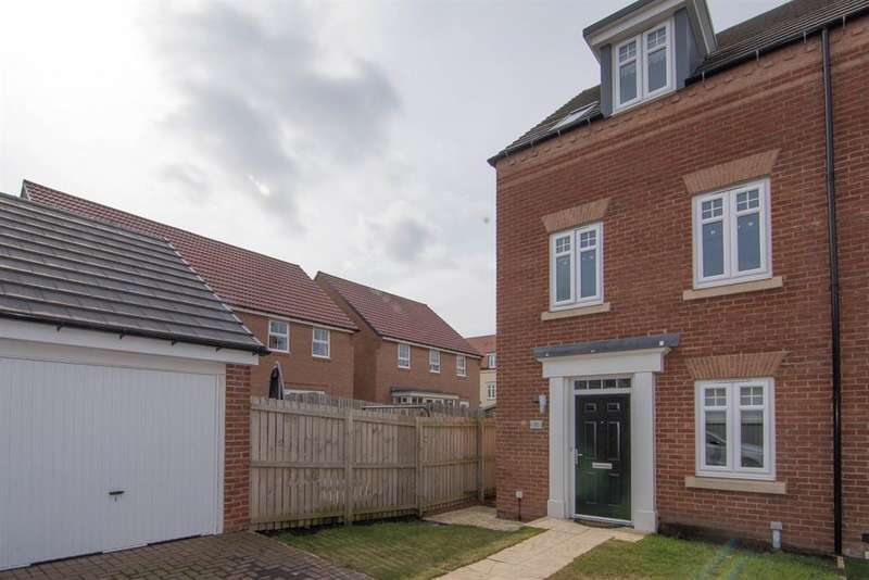 3 Bedrooms Semi Detached House for sale in Elliott Way, Consett, DH8 5XY