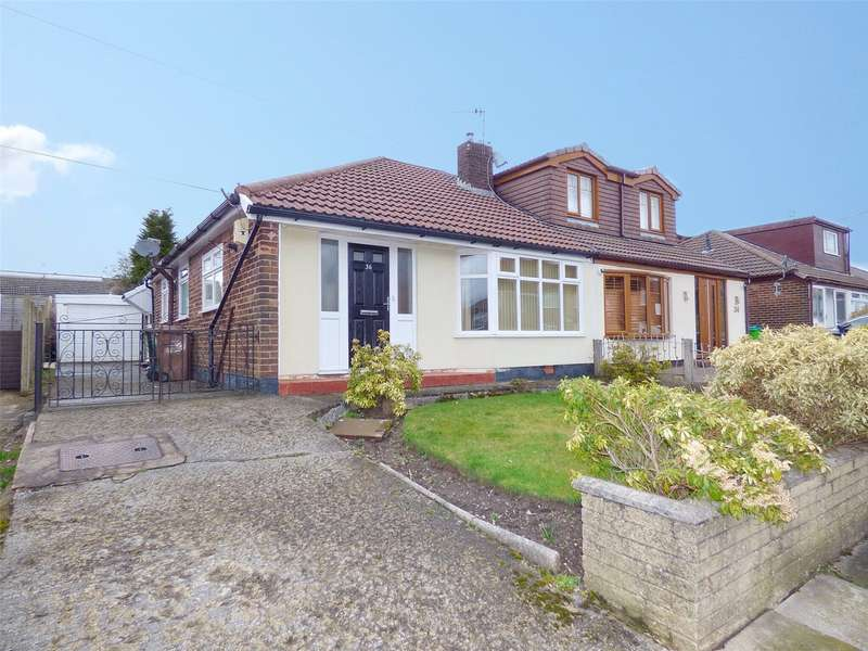2 Bedrooms Semi Detached Bungalow for sale in Naunton Road, Alkrington, Middleton, Manchester, M24
