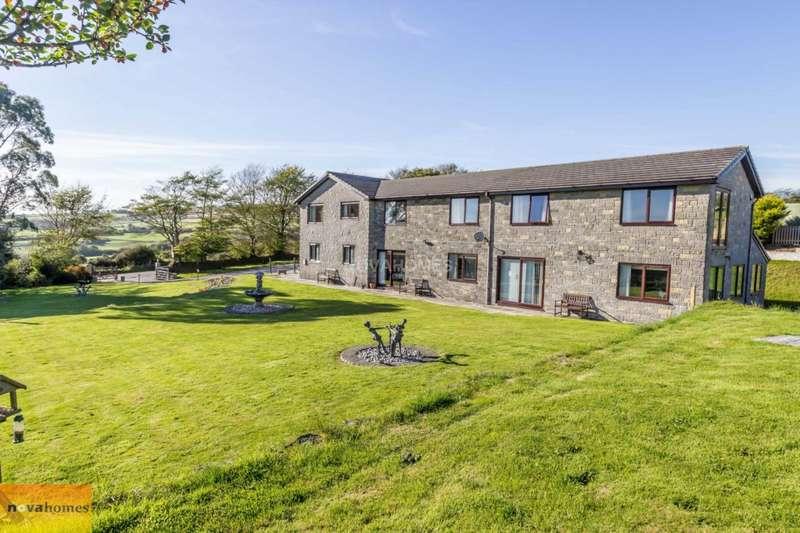 6 Bedrooms Detached House for sale in Harrowbarrow, Callington. PL17
