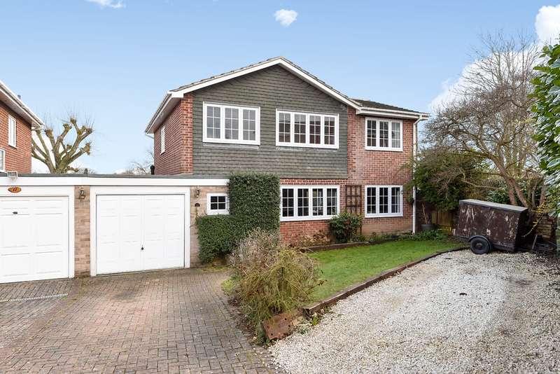 4 Bedrooms Link Detached House for sale in Dove Close, Kempshott, Basingstoke, RG22