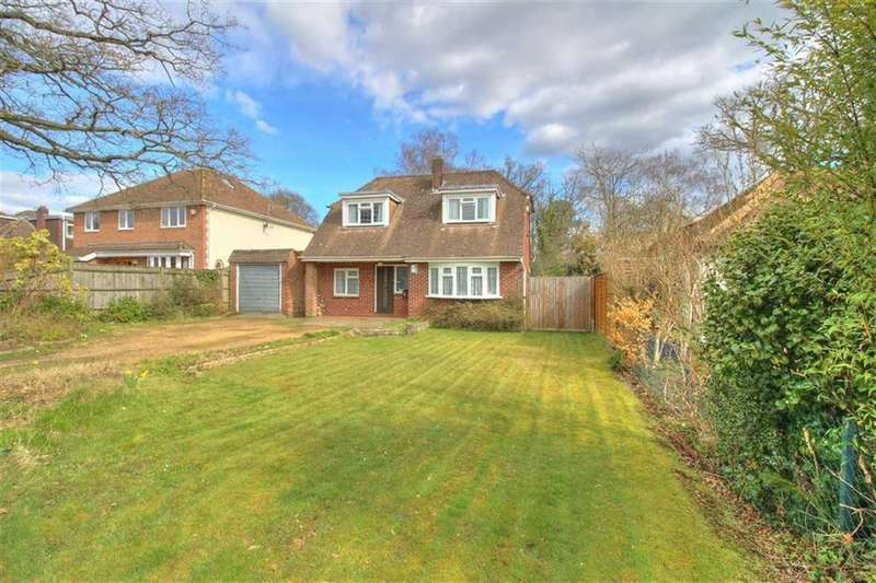 3 Bedrooms Chalet House for sale in Sherwood Road, Hiltingbury, Chandlers Ford, Hampshire