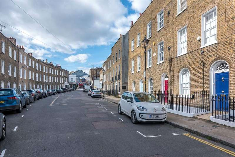 3 Bedrooms Terraced House for sale in Charlton Place, Islington, London, N1