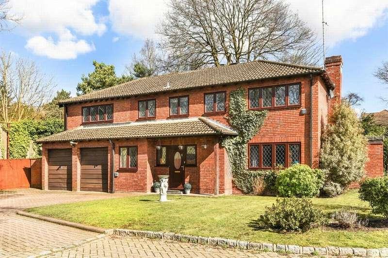 5 Bedrooms Detached House for sale in Pans Gardens, Surrey