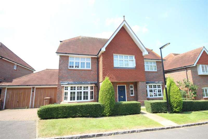 5 Bedrooms Detached House for sale in Goddard Close, Guildford