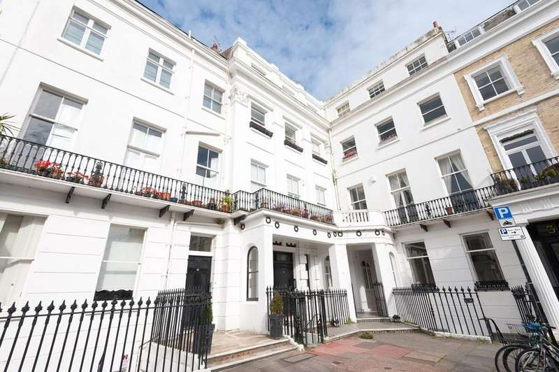2 Bedrooms Apartment Flat for sale in Sussex Square, Brighton, BN2