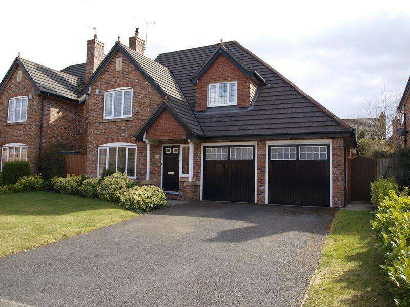 4 Bedrooms Detached House for sale in Monarch Drive, Kingsmead, CW9 8UN