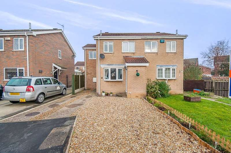 3 Bedrooms Semi Detached House for sale in Eskham Close, Cleethorpes, DN35
