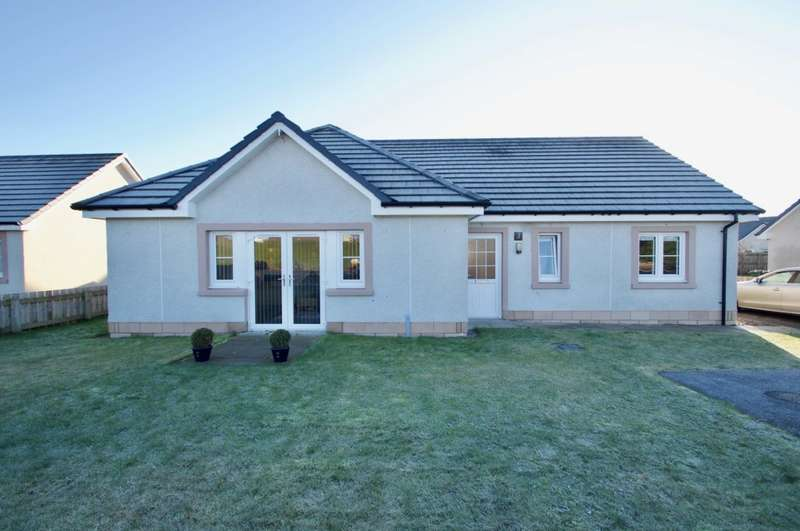 3 Bedrooms Bungalow for sale in School Road, Dingwall, IV7