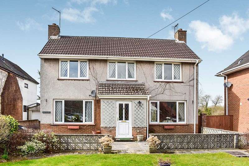 3 Bedrooms Detached House for sale in Crud-yr-awel Island Farm Road, Bridgend. CF31 3LG