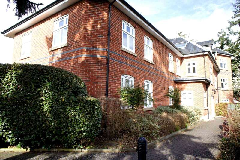 3 Bedrooms Apartment Flat for sale in Richmond Road, Caversham Heights