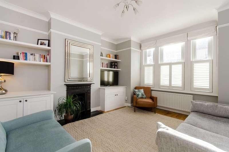 2 Bedrooms Flat for sale in Quinton Street, Earlsfield, SW18